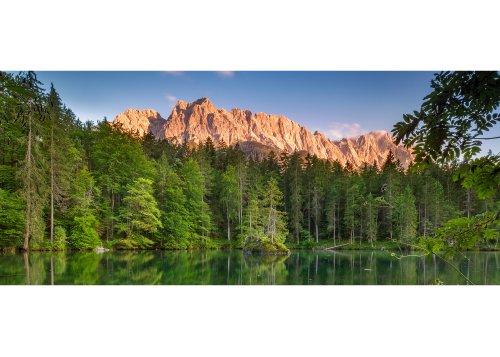 Badersee gegen Zugspitzgruppe (2962m), Zugspitzdorf Grainau, Oberbayern, Bayern, Deutschland