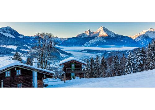 Hütten bei Metzenleiten gegen Watzmann (2713m), Berchtesgaden, Oberbayern